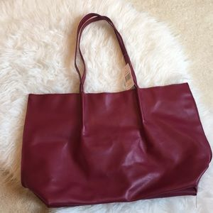 ❗️3/$25 Saks Fifth Avenue red tote